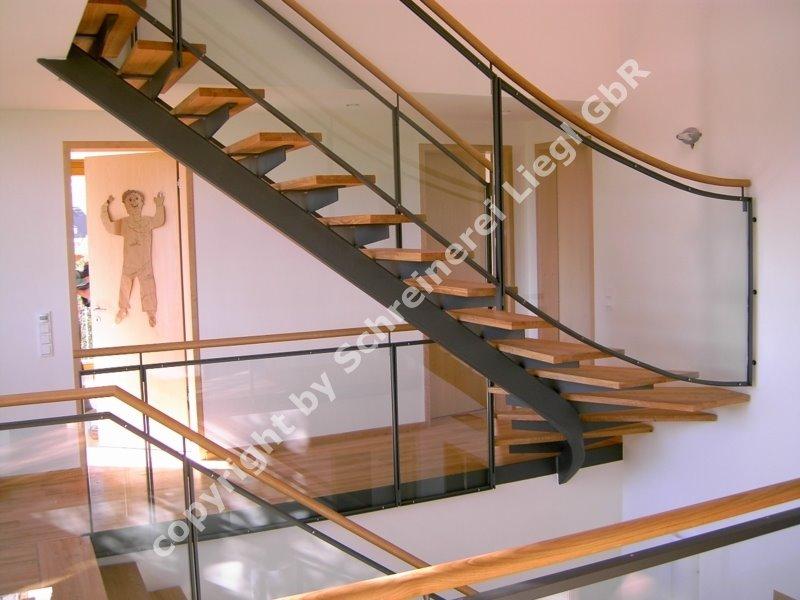 1 4 gewendelte treppe 7. Black Bedroom Furniture Sets. Home Design Ideas