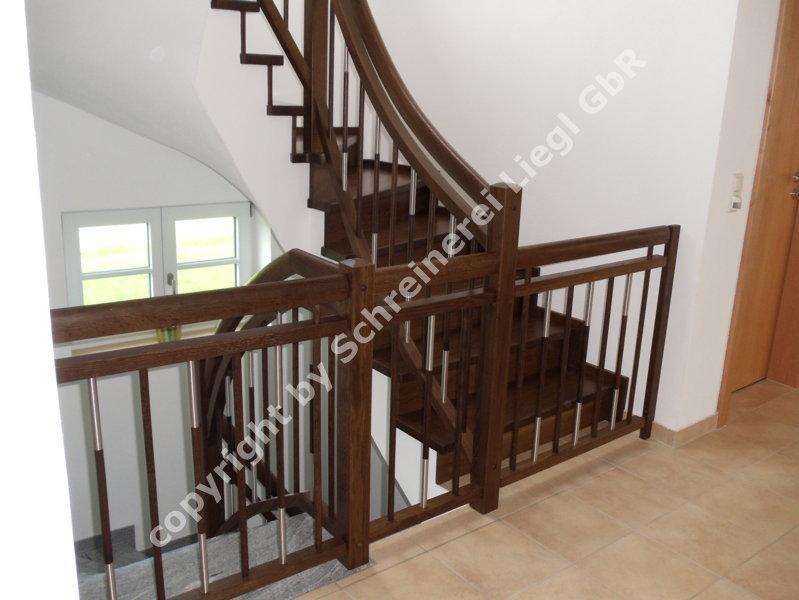 1 2 gewendelte treppe 16. Black Bedroom Furniture Sets. Home Design Ideas